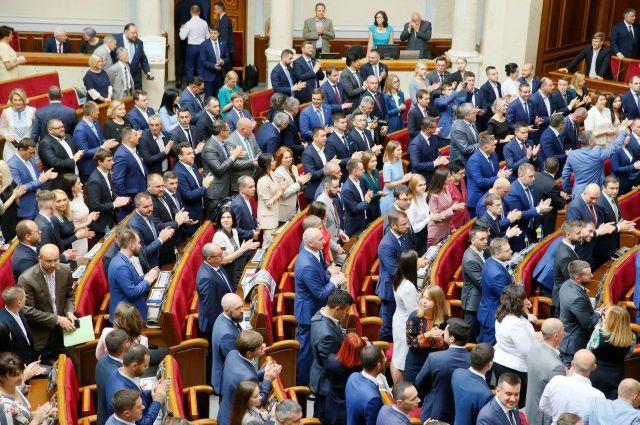 Верховная Рада приняла закон о режиме общего транзита