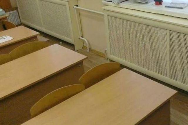 В тюменских школах и детсадах включают отопление