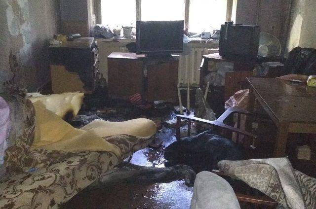 Пожар произошёл в квартире на первом этаже.