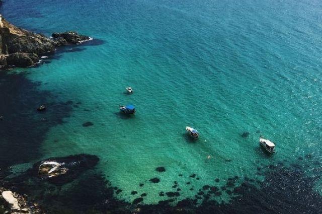 Прогулки на катерах - один из очень популярных среди туристов видов досуга в Крыму