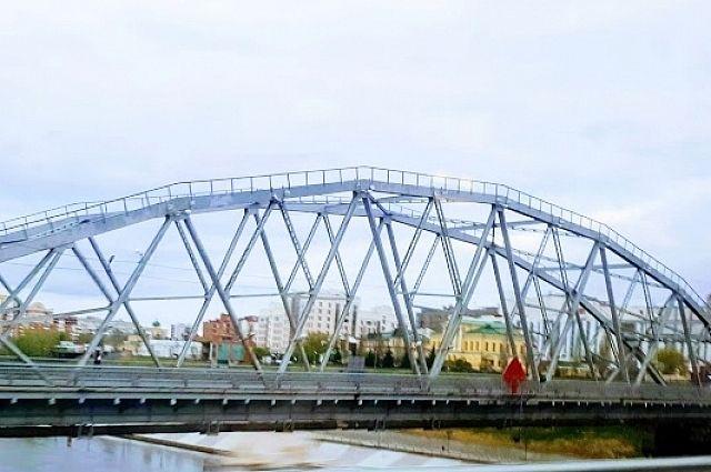 Тюменцы могут поменять название моста Челюскинцев