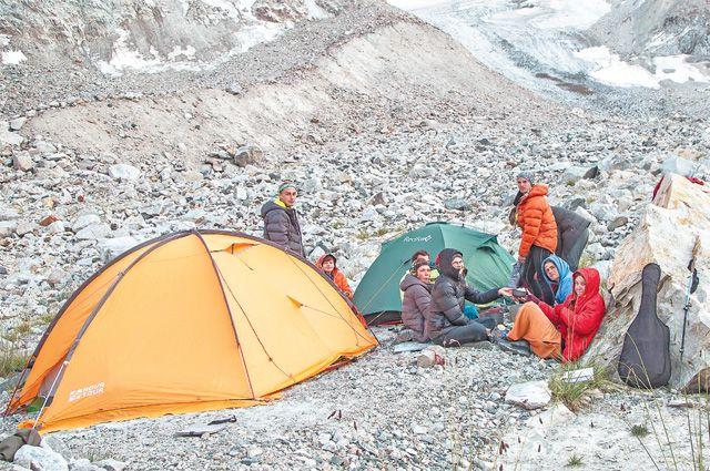 Заключительный поход участников клуба по горам Киргизского хребта этим летом.