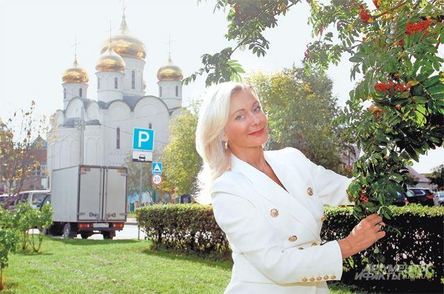 Артистка переехала из Петербурга в Митино в 1990 году. Она видит все изменения, произошедшие в районе с тех пор.