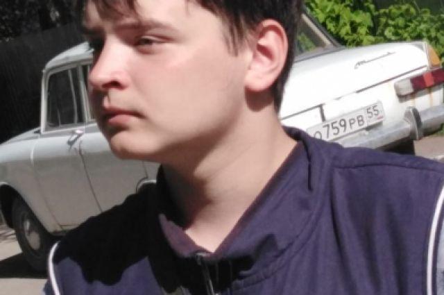 Омская полиция ищет подростка, который не вернулся из школы