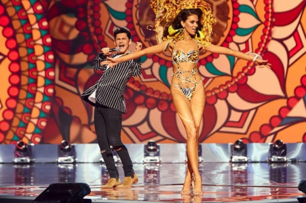 В целом, на конкурсе выступали Оля Полякова, Mozgi, Dan Balan, Kadnay, Tayanna, Michelle Andrade, Alekseev, Артем Пивоваров.