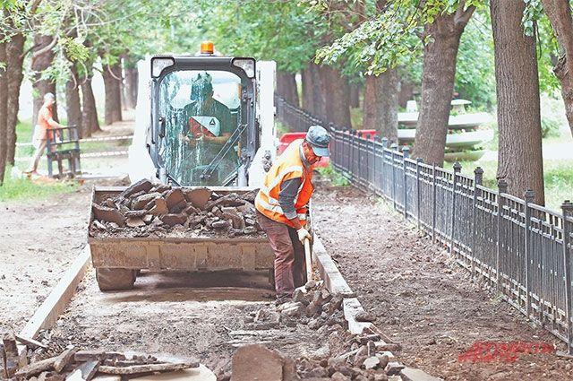 Работы на Вишнёвой улице должны завершиться в октябре.