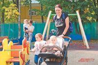 Северное Тушино готово к новому сезону: в районе обновили детские площадки  и установили новое освещение.
