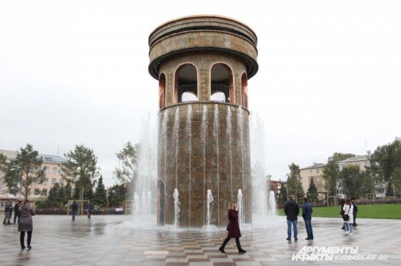 В парке Ангелов установлена уникальная система фонтанов, аналогов которой нет в мире.