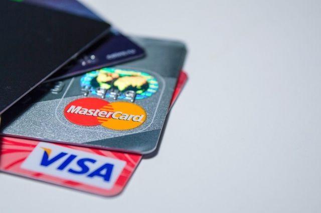 В Бугуруслане таксист похитил с банковской карты клиента все средства.