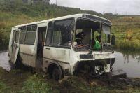 Автобус перевозил рабочих птицефабрики.