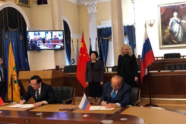 МГУ заключил соглашение о сотрудничестве с двумя ведущими вузами КНР