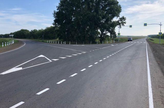 Безопасность дорог зависит от качества асфальта.
