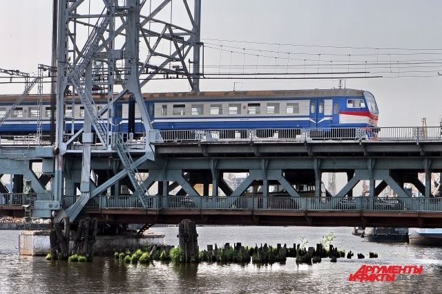 В Музее Мирового океана будут слушания по реконструкции двухъярусного моста