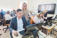 Компьютерный класс «с иголочки» в открытом в сентябре учебном корпусе строгинской школы.