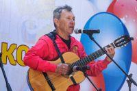Руководитель ставропольского клуба бардов Сергей Маковеев пишет песни и организует встречи единомышленников