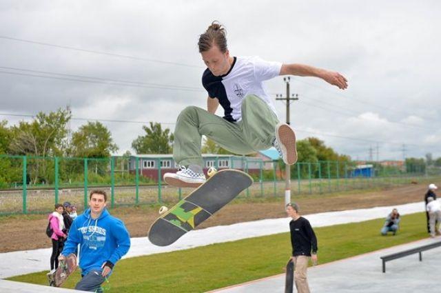 В администрации сообщили, что сейчас прорабатывается вопрос поиска нового места для обустройства скейтпарка.