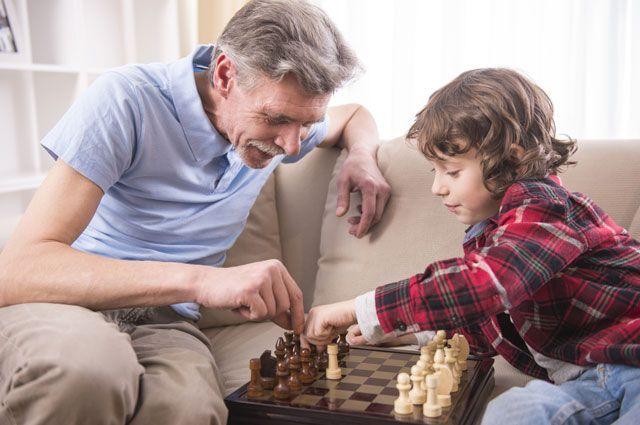 Младшему поколению всегда есть чему поучиться у старшего, как бы они это ни отрицали в своём детском максимализме.