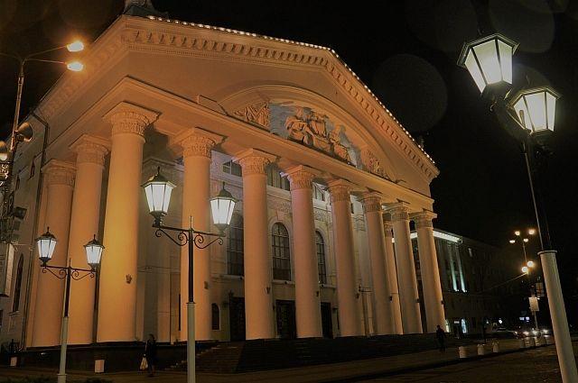 Год театра станет для актёров областного драматического насыщенным.