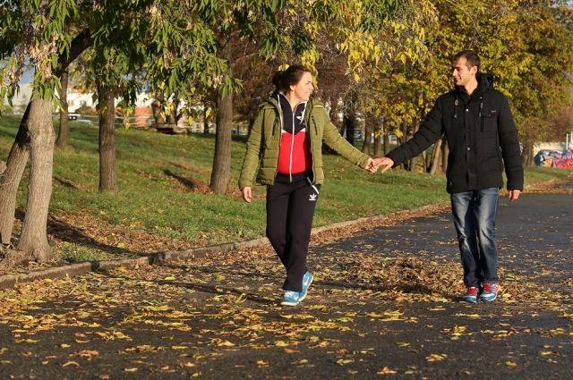 Холодная осень не располагает к долгим прогулкам по городу.