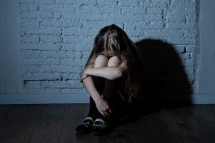 В Винницкой области отец изнасиловал собственную дочь: подробности