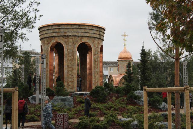 Свето-музыкальная элегия фонтана «Звон Ангелов» продолжит работу в парке и в другие дни.