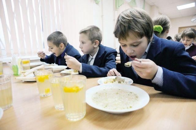 86% детей в Ивановской области охвачены горячим питанием.