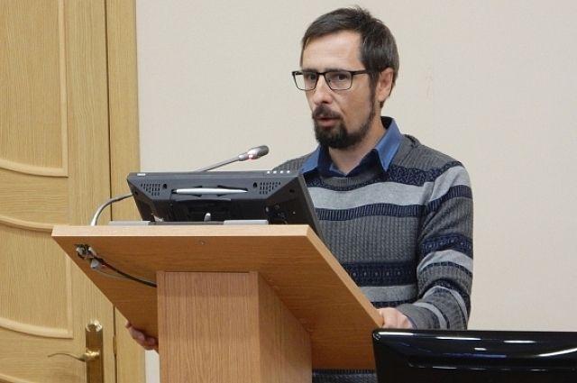 Иван Аполлонов - доктор философских наук, доцент, профессор кафедры истории, философии и психологии КубГТУ.
