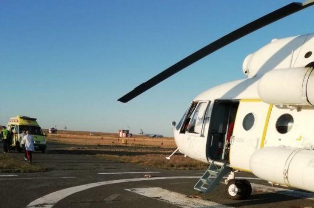 Вертолеты снабжены всем необходимым для долгого перелета оборудованием.