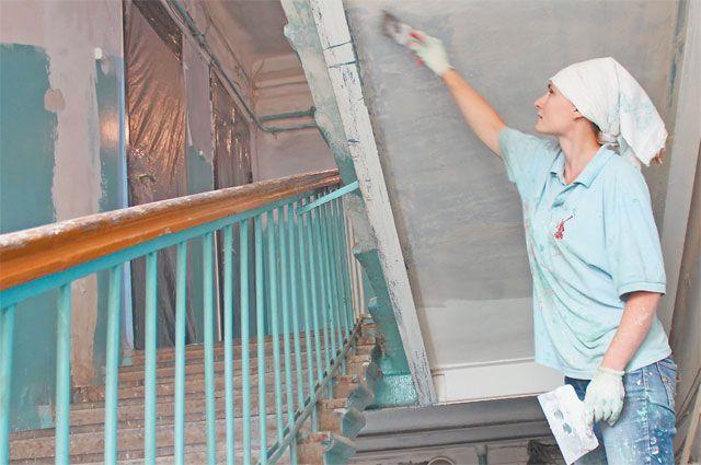 В капремонт входят как работы снаружи здания, так и обновление подъездов.