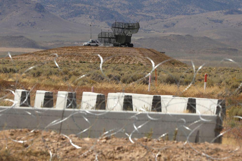 Военная техника на территории «Зоны 51».