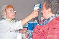 Сделать прививки могут нетолько москвичи, ноиработающие здесь жители других городов истран. Это поможет защитить столицу отэпидемии.