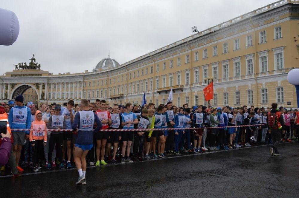 Участниками забега стали 20 000 человек.