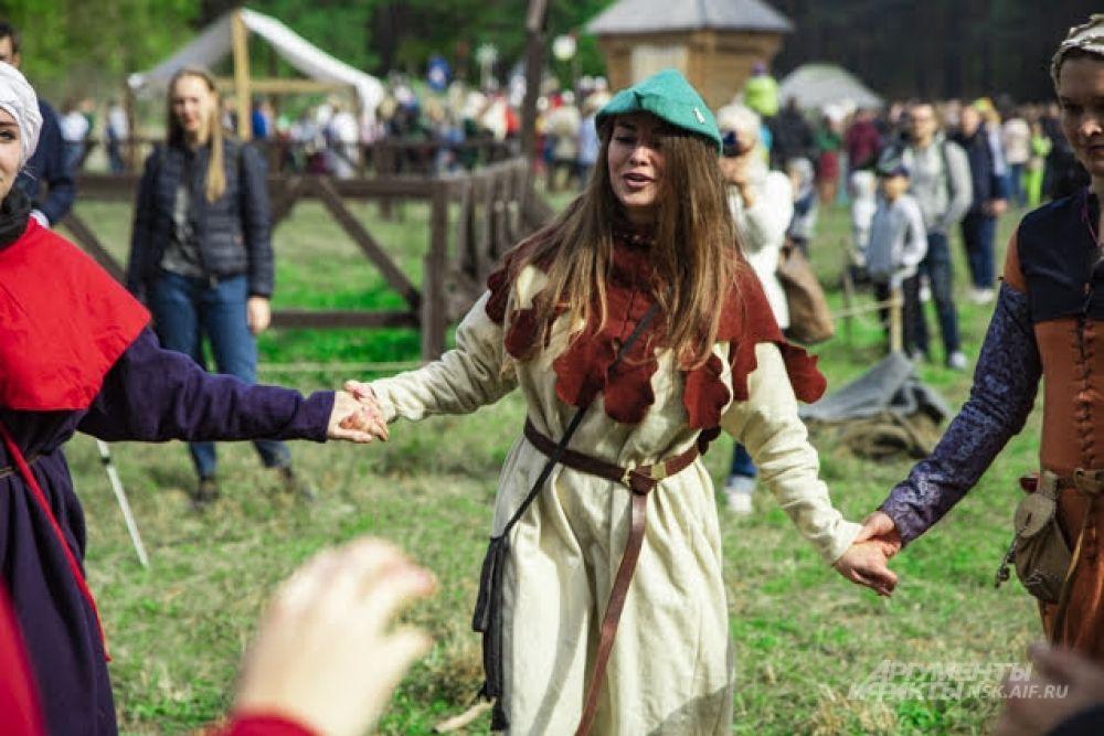 В средневековье не только воевали, но и танцевали.