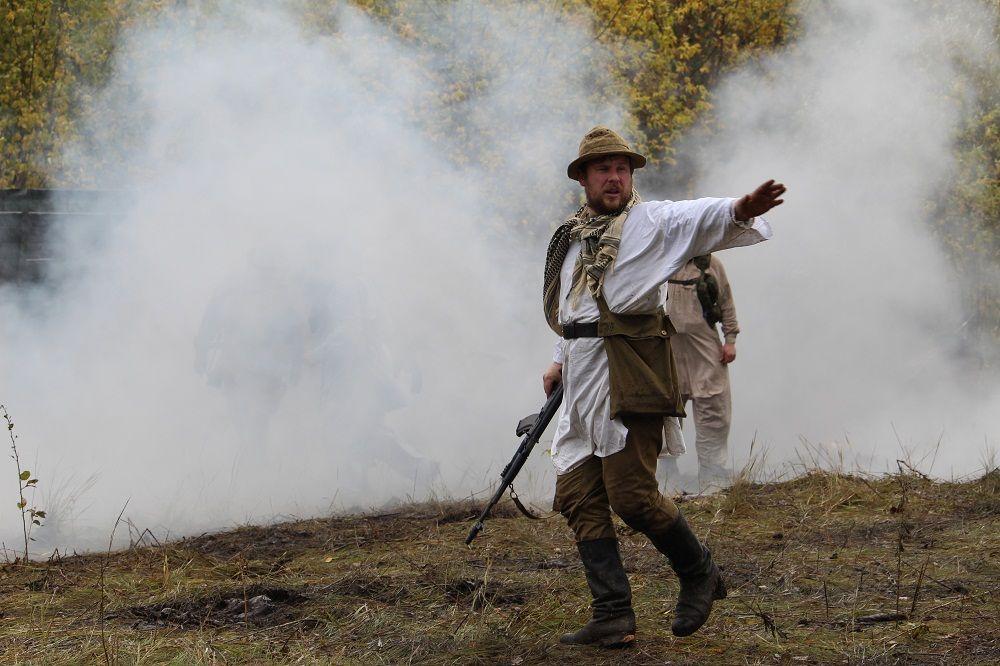 "Бывший ""шурави"", перешедший на сторону афганцев, ведет в атаку"