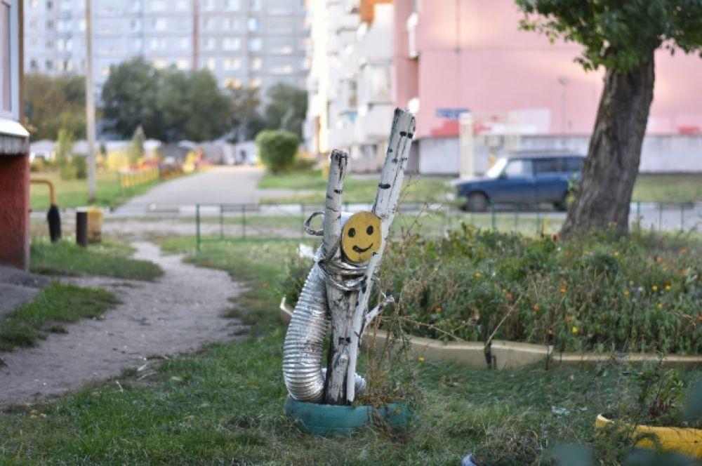 Во главе хит-парада неизвестное существо, поселившееся во дворе жилого дома по улице Крупской.