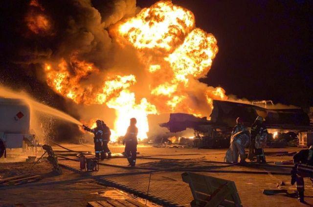 Масштабный пожар в Киеве: горели автоцистерны с топливом