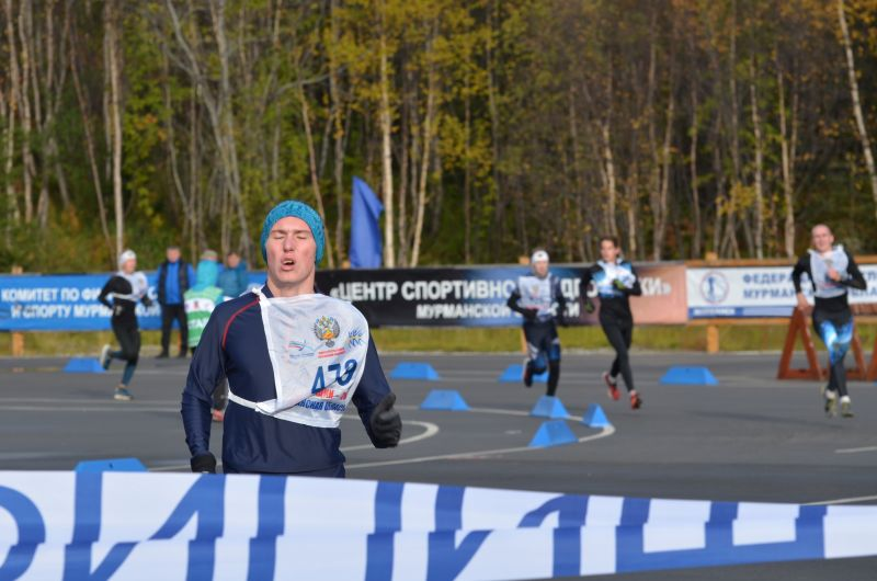 Александр Садоков победил на дистанции в четыре километра!
