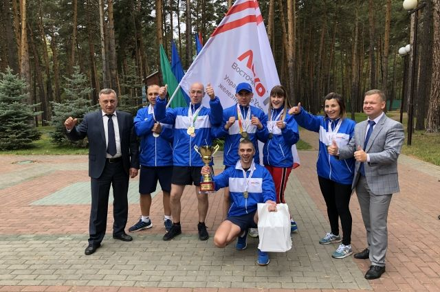 Абсолютным чемпионом соревнований стала сборная сервисных локомотивных депо (СЛД) Управления по Красноярской железной дороге.