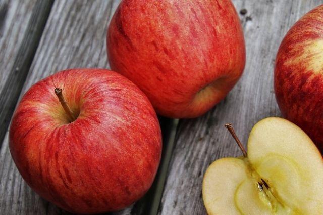 В Украине цены на яблок вдвое больше прошлогодних и продолжают расти