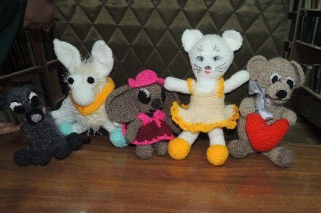В числе работ, которые будут представлены на международном фестивале, есть вязаные игрушки.