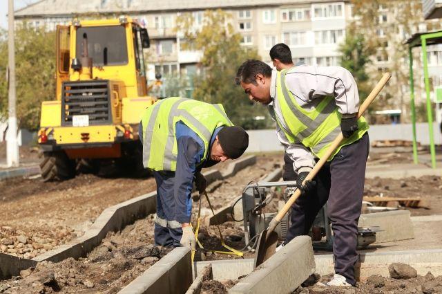 РУСАЛ финансирует ремонтные работы дворов, которые не смогли стать участниками федеральной программы.