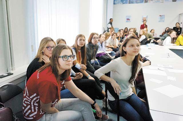 Старшеклассники и студенты медицинских колледжей края и вузов Перми участвуют в движении «Волонтёры-медики».