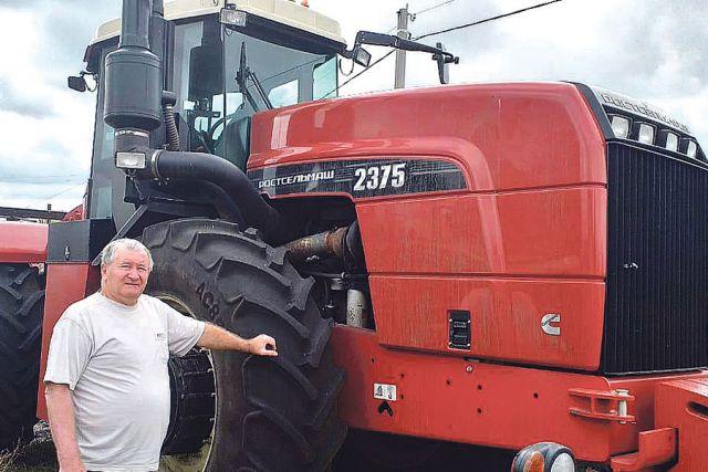 Трактор хорошо показал себя в течение всего сезона, да и сейчас, когда выходит статья, он всё так же исправно работает на полях.