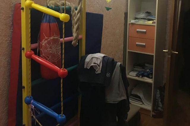 Под Одессой 10-летний мальчик повесился на канате «шведской стенки»