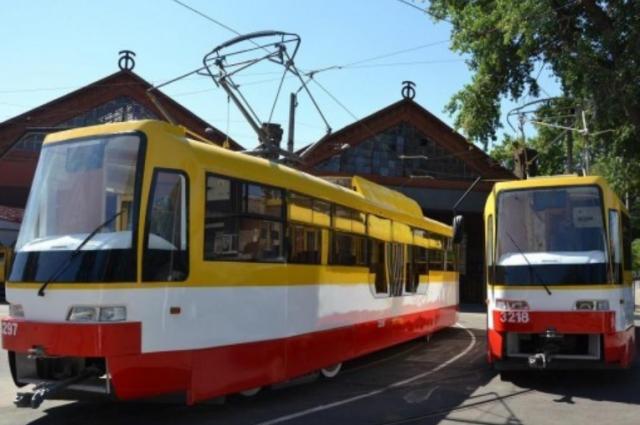 В Одессе ребенок выпал из трамвая