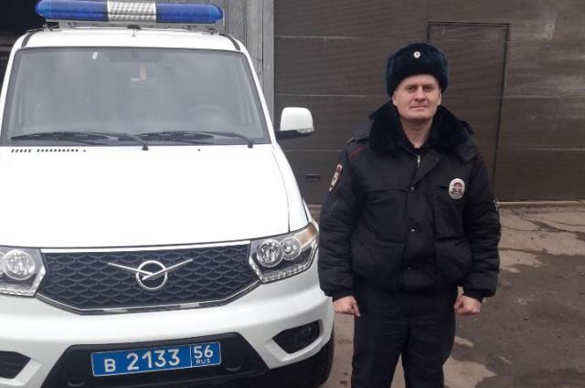 Александр Ольховский сумел спасти из огня своего соседа.