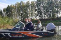 В Зону отчуждения на катере: Кабмин запустил водные экскурсии в Чернобыль