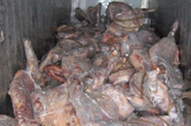 Специалист ветеринарной службы выдал справки без проверки мяса