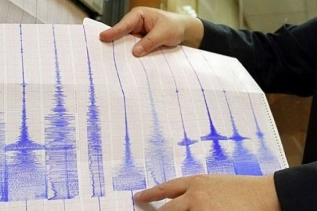 Землю в Туве трясет периодически, причем достаточно сильно с конца 2011 года