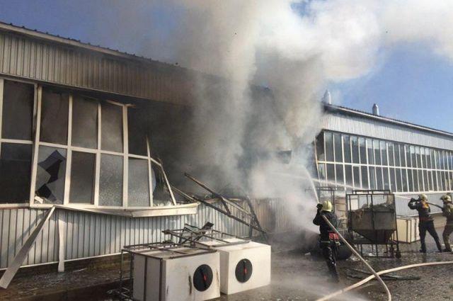 Масштабный взрыв на заводе в Сумах: пострадали почти 10 человек